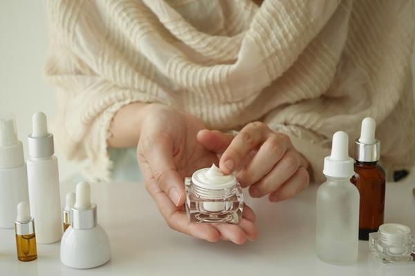 乾燥、くすみ、ハリ不足...!冬の肌を保湿するスペシャルアイテム6選