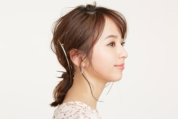 【エラ張りをカバーする髪型】まとめ髪のポイント